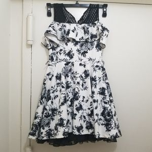 Girls dress size 12